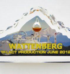 iceberg_die_cut_card_drop_oil_color_photo
